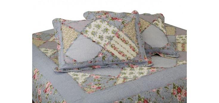 Покрывала и подушки пэчворк